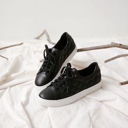 [마크모크] Quilt Black