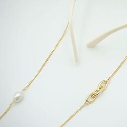 Triple link pearl glasses chain