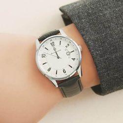 [Timepieces] 베이직 블랙 남성용 커플 가죽시계 OTC119902ASR
