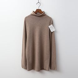 Laine Cashmere N Wool Joan Turtleneck Sweater