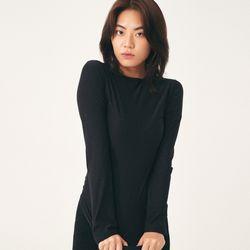 (WOMEN) 히트텍 이너 라운드 티셔츠 블랙