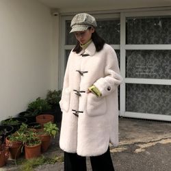 [로코식스] 양털 떡볶이 코트