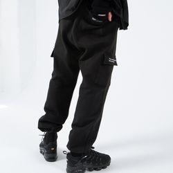 RELAX CARGO PANTS (BLACK)