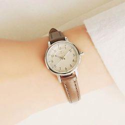 [Timepieces] 브라운 여성용 커플 가죽시계 OTC219T02ASR