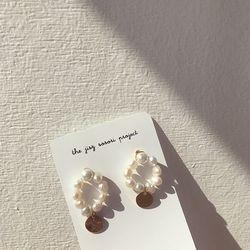 pearls in paris 진주 귀걸이