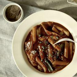 제이키친 야채 떡볶이 순한짜장 쌀떡(2인분)