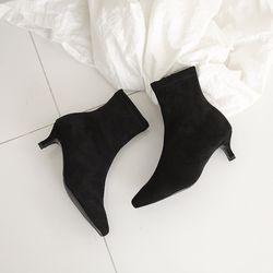 Qat Black