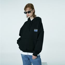 Square patch hoodie-black