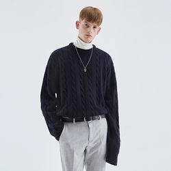 CREAMY CABLE KNIT SWEATER NAVY