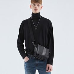 NAPPING LAYERED TURTLENECK TEE BLACK