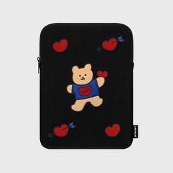 [12/13 순차발송] Bear heart-ipad pouch(아이패드 파우치)