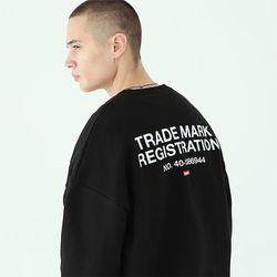 레지스트레이션 맨투맨 티셔츠-블랙