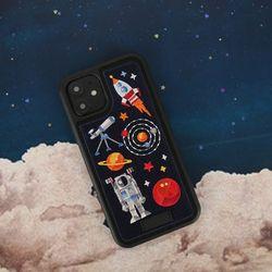 아이폰11 프리미엄 풀자수 우주 케이스