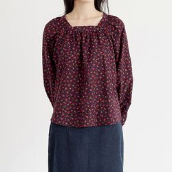 attractive floral blouse (2colors)