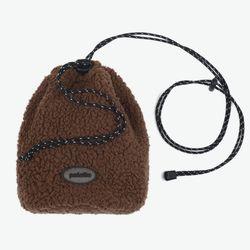 BOA FLEECE BUCKET BAG (BROWN)