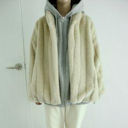fluid fur jacket (beige)