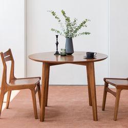 피카 원형 테이블