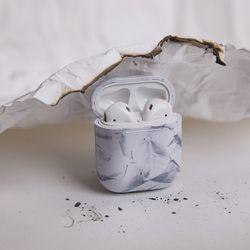 a piece of papaer air pods case