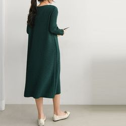 Pleats V-Neck Long Dress