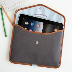 iPad Pouch - brown