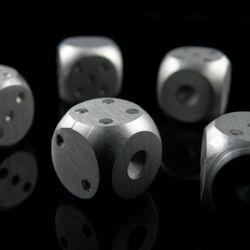 알루미늄 주사위