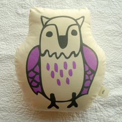 FOREST CUSHION-eagle owl