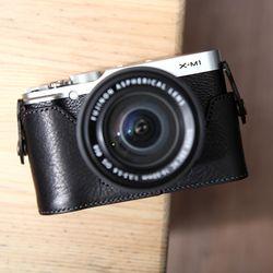 Fujifilm X-M1 & X-A1 & X-A2 속사케이스 - 블랙