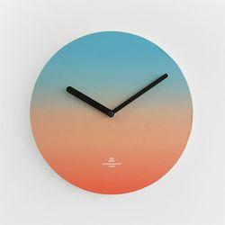OBJECT CLOCK-BLUE-ORANGE