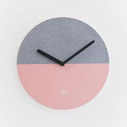 OBJECT CLOCK-CONCRETE-PINK