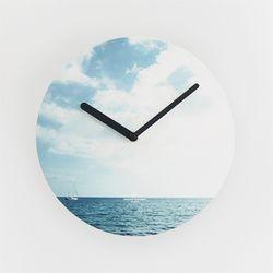 OBJECT CLOCK-SEA