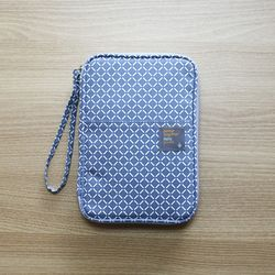 Better Together Daily pouch v.2-blue square