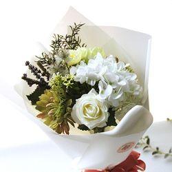 순수그린 수국 꽃다발