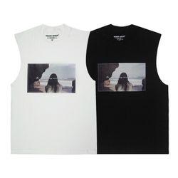 인세인지니어스 우먼 슬리브리스 티셔츠