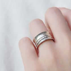 Vernis Silver Lake Ring (베르니의 은빛 호수)