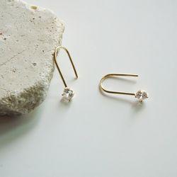14k gold cubic hook earring