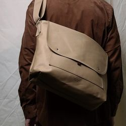 903 Paraphernalia Bag Beige