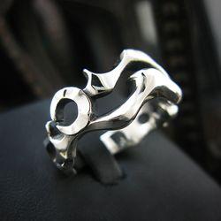 Menuet Ring