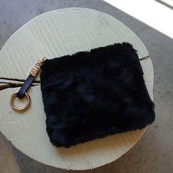 Fur Pouch Black