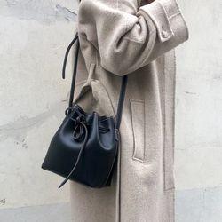 nest bag - black