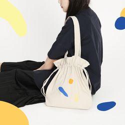 [사이코지만 괜찮아 박규영 착용] DUMPLING BAG BEIGE