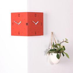 벽면 코너를 활용한 독특한 디자인의 코너벽시계 빅 레드