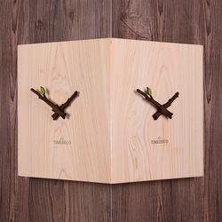 피톤치드가 솔솔 나오는 편백나무 통원목 코너시계
