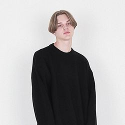램스울 헤비오버핏 니트 블랙