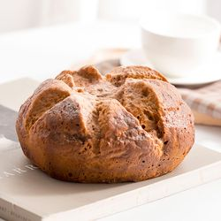 향기나는 원형 호밀빵 모형