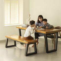 뉴송 우드슬랩 통원목 2인 테이블 일체형 철재 프레임 1000
