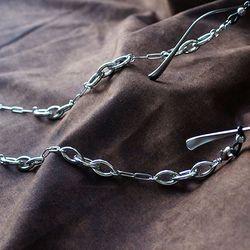 Triple link unit glasses chain