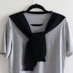 black knit muffler