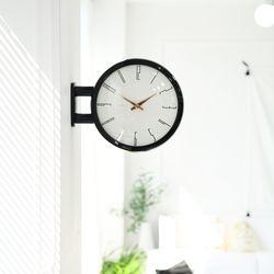 양면에서 시간확인이 가능한 모던양면시계 블랙 A7