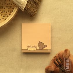 아기 다람쥐와 도토리 바구니 사각 메모지