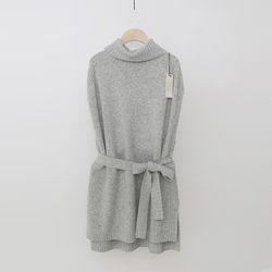 Laine Cashmere Wool Turtleneck Vest